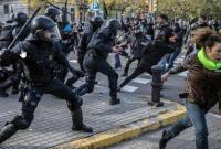 В Париже на акции протеста произошли столкновения с полицией