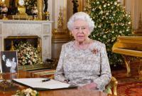 Рождественская елка Елизаветы II в Виндзорском замке (видео)