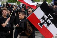 Немецкие неонацисты обучаются в российских лагерях, — ИноСМИ