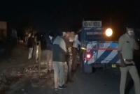 В Индии грузовик наехал на спящих на обочине людей: не менее 15 погибших